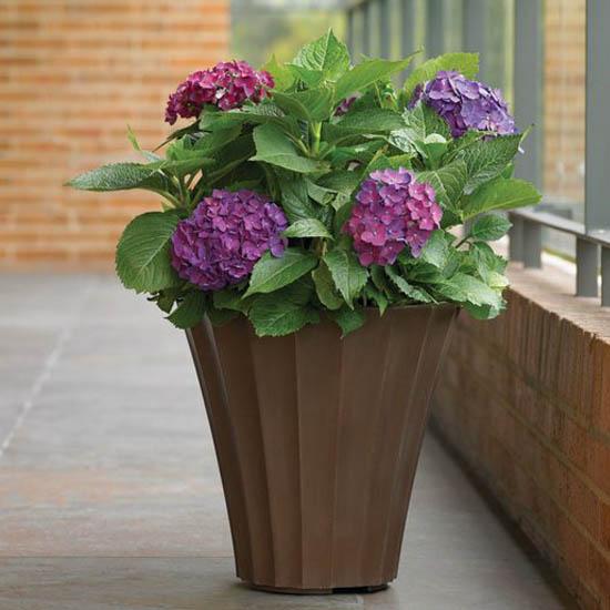 Mia Poly Resin Planter